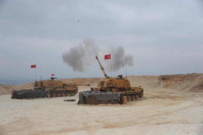 Thổ Nhĩ Kỳ bắt đầu dội bom xuống miền Bắc Syria - Ảnh 1.