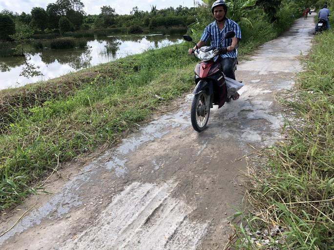 Bộ GTVT phải ra quy định về đường sá Việt Nam là cấm xe, cấm mưa, cấm nắng! - Ảnh 1.