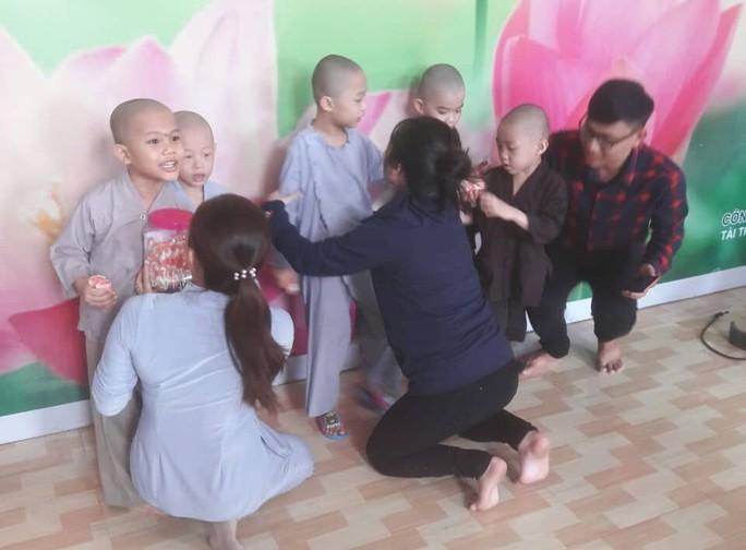 Vụ đại náo Tịnh thất Bồng Lai: Cô gái quyết đi tu - Ảnh 2.