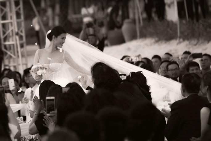 Vì sao đám cưới Đông Nhi được cho là đám cưới thế kỷ? - Ảnh 3.