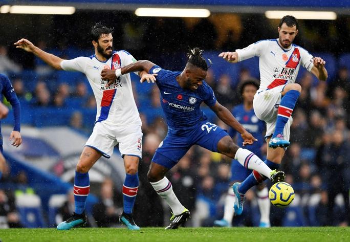 Chelsea chiếm ngôi nhì bảng, Leicester soán đoạt sốc ngôi á quân - Ảnh 1.