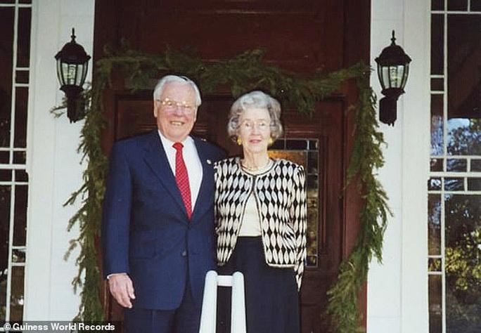 Sống cùng nhau 80 năm vẫn... chưa chán! - Ảnh 3.