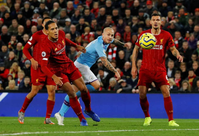 Hạ Man City, Liverpool chắc ngôi đầu bảng Ngoại hạng Anh - Ảnh 2.
