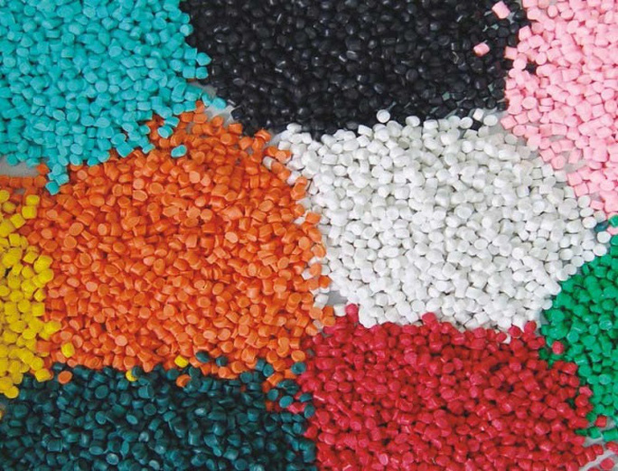 Doanh nghiệp kiến nghị chưa tăng thuế nhập khẩu hạt nhựa lên 5% - Ảnh 1.