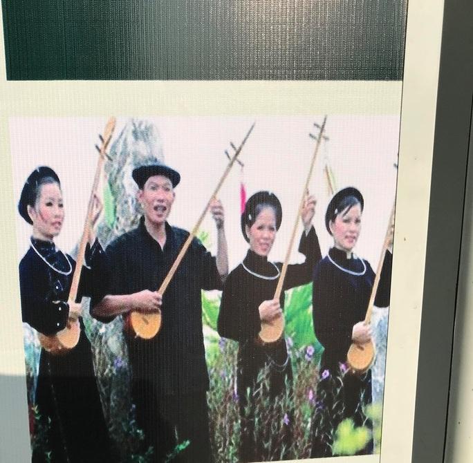 Khai mạc triển lãm Đồng bào các dân tộc tại đường đi bộ Nguyễn Huệ - Ảnh 11.