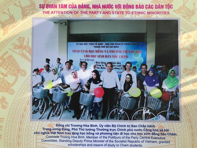 Khai mạc triển lãm Đồng bào các dân tộc tại đường đi bộ Nguyễn Huệ - Ảnh 14.