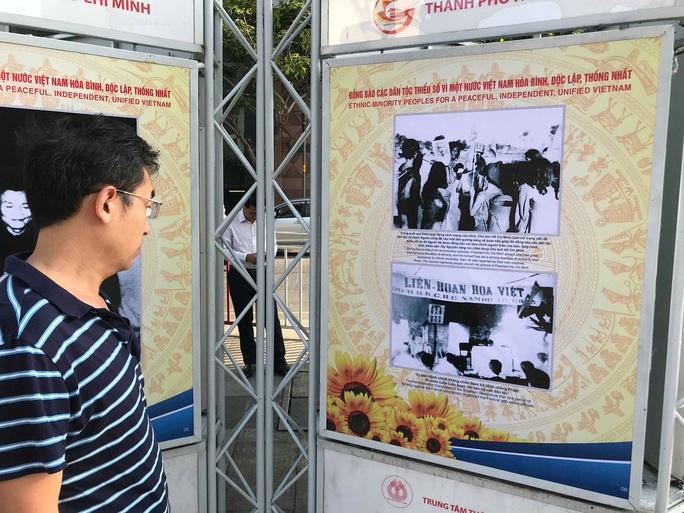 Khai mạc triển lãm Đồng bào các dân tộc tại đường đi bộ Nguyễn Huệ - Ảnh 9.