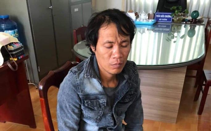 Nghẹn lòng gia cảnh bé gái 8 tuổi bán vé số ở Phú Quốc bị cướp, hiếp dâm - Ảnh 1.