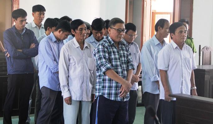 Phú Yên: Không giảm án cho nguyên chủ tịch huyện kêu oan  - Ảnh 1.