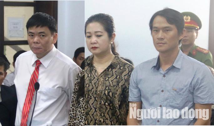 Toàn cảnh phiên tòa xét xử luật sư Trần Vũ Hải - Ảnh 3.
