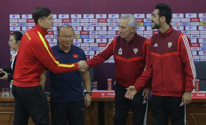 Điều HLV Park Hang-seo còn băn khoăn về Công Phượng và Văn Hậu trước trận với UAE - Ảnh 5.