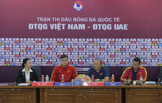 Điều HLV Park Hang-seo còn băn khoăn về Công Phượng và Văn Hậu trước trận với UAE - Ảnh 4.