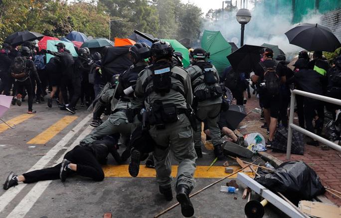 Hồng Kông: Biểu tình chưa hạ nhiệt, giao thông hỗn loạn - Ảnh 2.