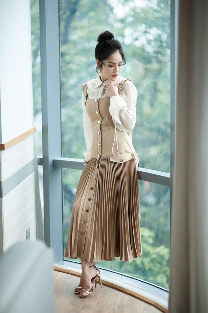 Dương Cẩm Lynh lần đầu làm mẹ đơn thân trên màn ảnh - Ảnh 2.