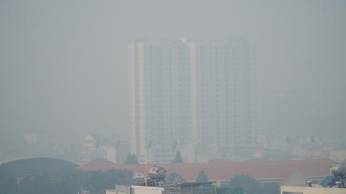 TP HCM: Toàn bộ trạm đo mức ô nhiễm không khí hiện màu nguy hiểm - Ảnh 6.