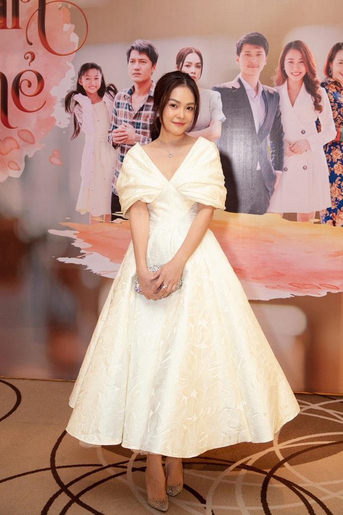 Dương Cẩm Lynh lần đầu làm mẹ đơn thân trên màn ảnh - Ảnh 1.