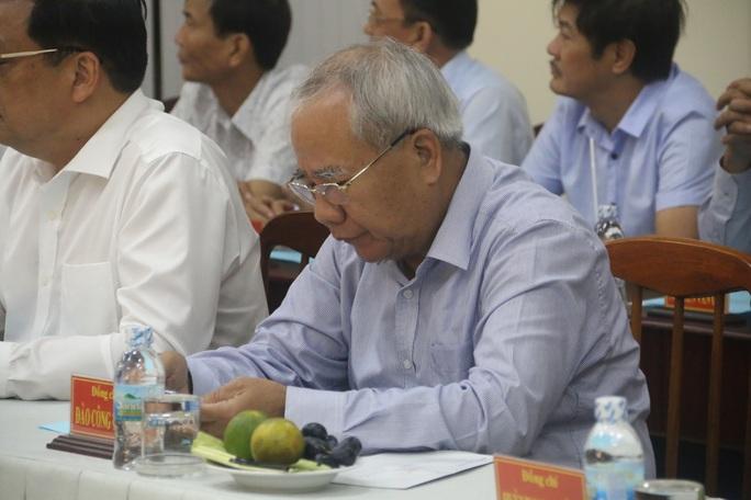 Công bố quyết định kỷ luật của Ban Bí thư đối với lãnh đạo tỉnh Khánh Hòa - Ảnh 4.