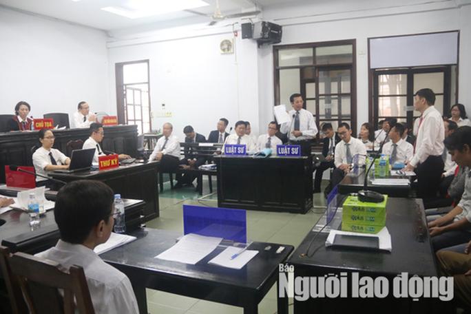 Một luật sư bào chữa cho vợ chồng ôngTrần Vũ Hải bị đưa ra khỏi tòa - Ảnh 2.