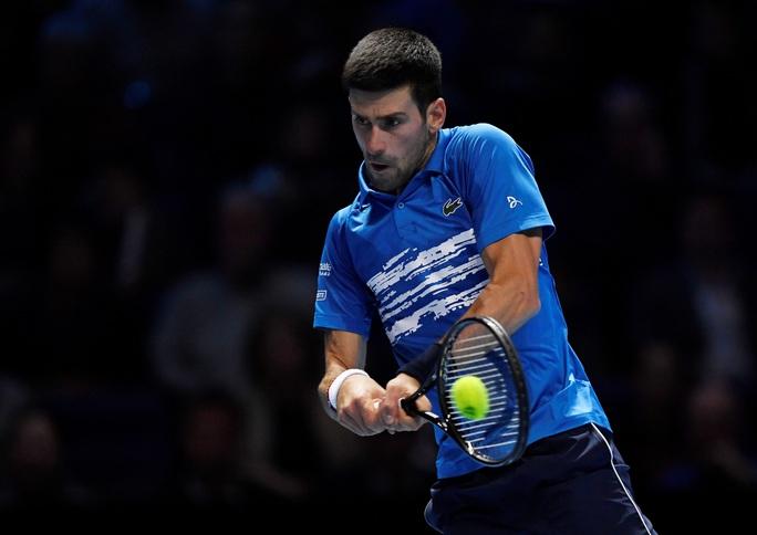 Federer hạ gục Djokovic, vào bán kết ATP Finals 2019 ở tuổi 38 - Ảnh 3.