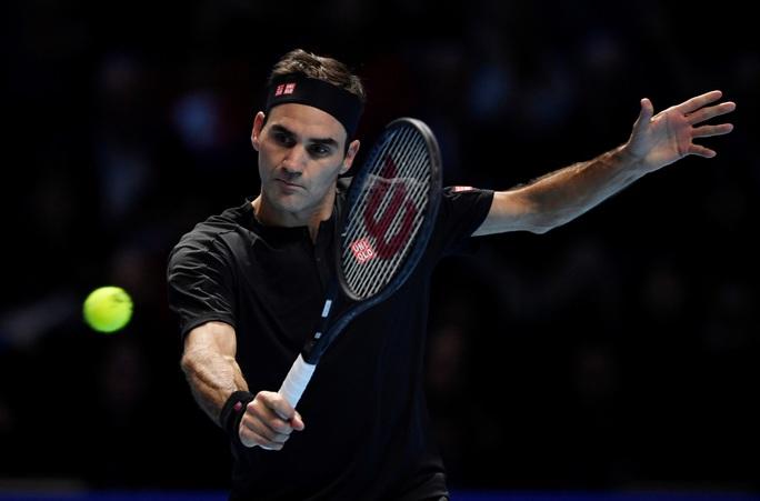 Federer hạ gục Djokovic, vào bán kết ATP Finals 2019 ở tuổi 38 - Ảnh 4.