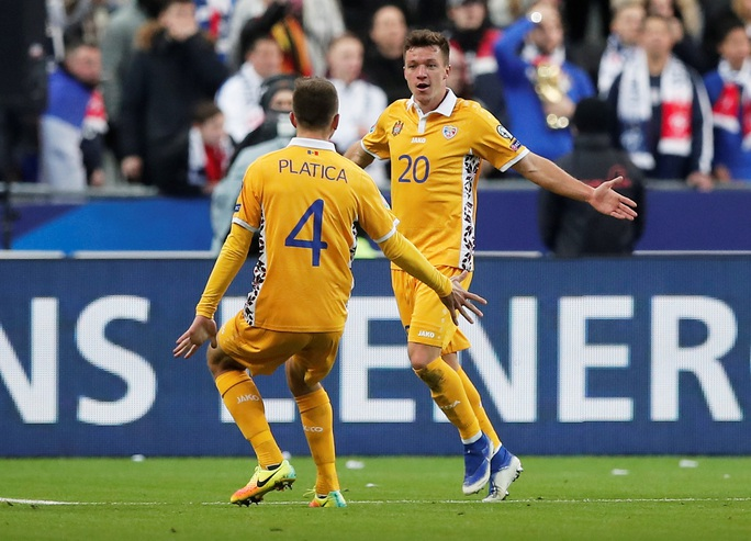 Bàn thắng ma đưa nhà vô địch World Cup đến Euro - Ảnh 2.