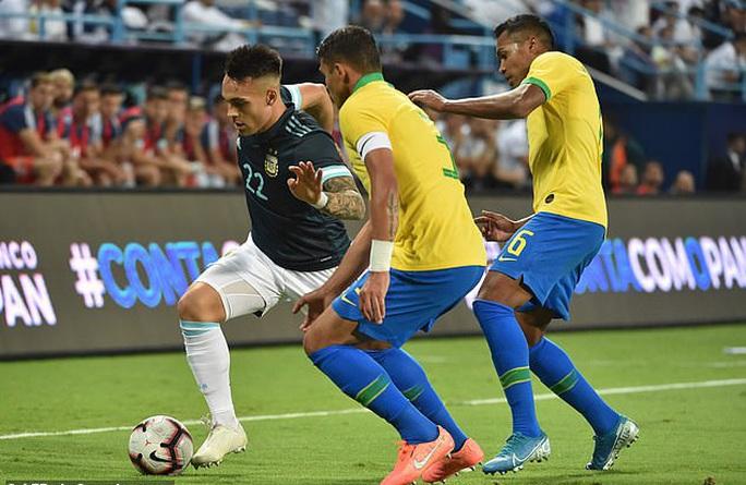 Messi tái xuất, Argentina hạ Brazil, đoạt cúp siêu kinh điển Nam Mỹ - Ảnh 9.