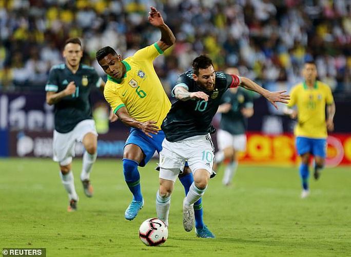 Messi tái xuất, Argentina hạ Brazil, đoạt cúp siêu kinh điển Nam Mỹ - Ảnh 6.