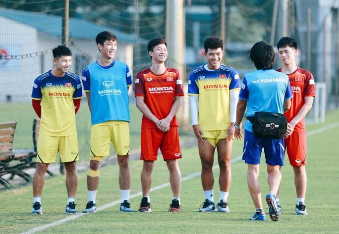 Thầy Park không để Đình Trọng dự SEA Games 2019, sợ chấn thương - Ảnh 1.