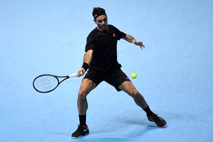 Thất bại trước tay vợt trẻ, Federer dừng bước ở ATP Finals - Ảnh 2.