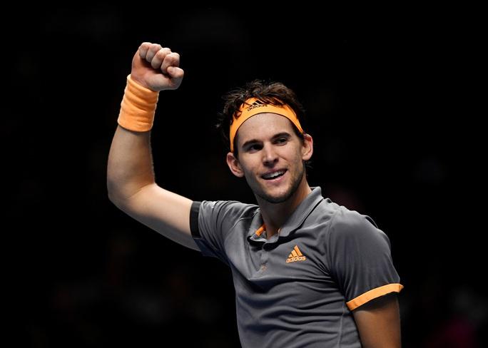 Thất bại trước tay vợt trẻ, Federer dừng bước ở ATP Finals - Ảnh 4.