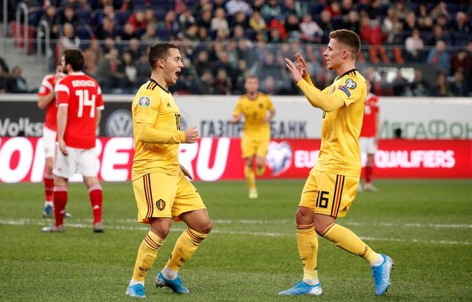 Anh em Hazard lập đại công, Bỉ lập kỷ lục đại thắng vòng loại Euro - Ảnh 5.