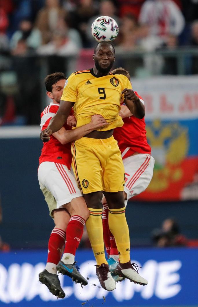 Anh em Hazard lập đại công, Bỉ lập kỷ lục đại thắng vòng loại Euro - Ảnh 6.