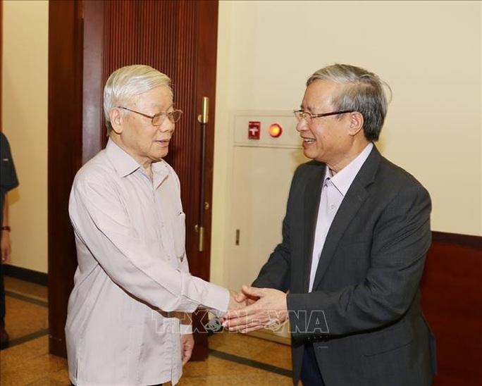 Cận cảnh Tổng Bí thư, Chủ tịch nước chủ trì họp Thường trực Ban Chỉ đạo Trung ương Phòng chống tham nhũng - Ảnh 2.