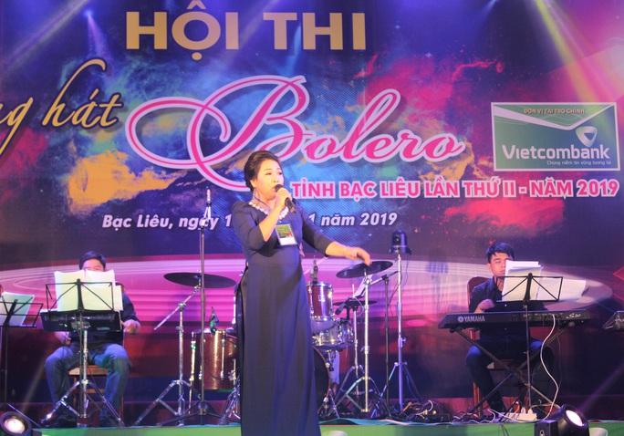 """Hoài Linh giành giải nhất Hội thi """"Tiếng hát Bolero"""" khu vực ĐBSCL - Ảnh 3."""