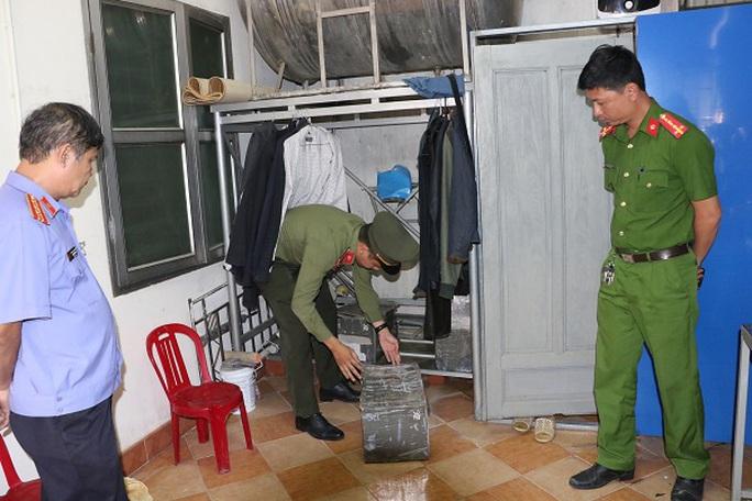 Bắt 1 đối tượng ở Hà Tĩnh tổ chức, môi giới người khác trốn đi nước ngoài - Ảnh 2.