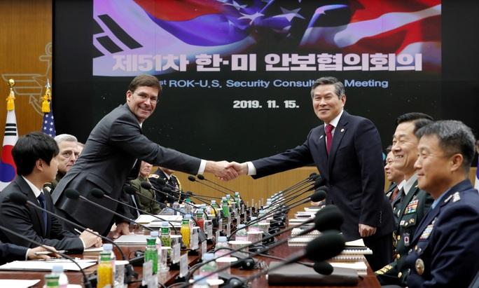 Người Hàn Quốc tố những người Mỹ tham lam cướp đường cao tốc - Ảnh 1.