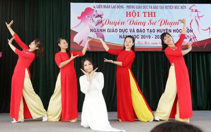 Nhiều hoạt động kỷ niệm ngày Nhà giáo Việt Nam - Ảnh 1.