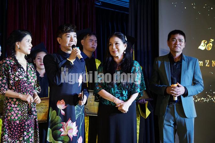 NSND Kim Xuân cảm kích trước con đò của nghệ sĩ Quốc Thảo - Ảnh 4.