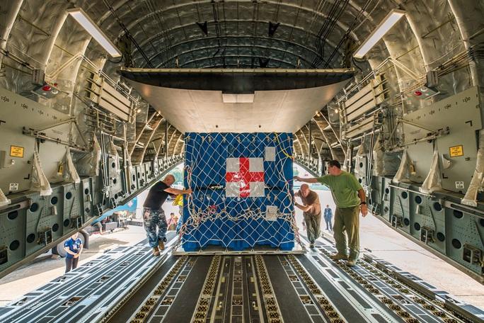 Cận cảnh ngựa thồ C-17 đưa Bệnh viện dã chiến lên đường gìn giữ hòa bình Liên Hiệp Quốc - Ảnh 31.