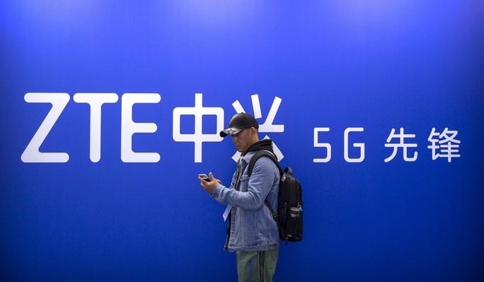 Mỹ gia hạn 90 ngày, Huawei chưa yên - Ảnh 3.