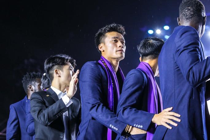 Quang Hải cùng CLB Hà Nội rạng ngời trong ngày vinh danh, đón nhận Huân chương Lao động hạng Ba - Ảnh 8.