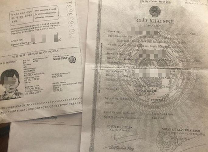 Cấp tốc thu hồi giấy khai sinh cấp sai cho 2 trẻ có quốc tịch nước ngoài - Ảnh 1.