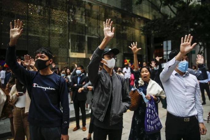 Biểu tình Hồng Kông: Thượng viện Mỹ thông qua dự luật nhạy cảm - Ảnh 2.