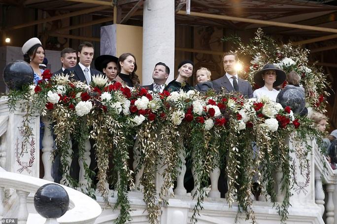 Nàng dâu gốc Việt nổi bật trong sự kiện Hoàng gia Monaco - Ảnh 2.