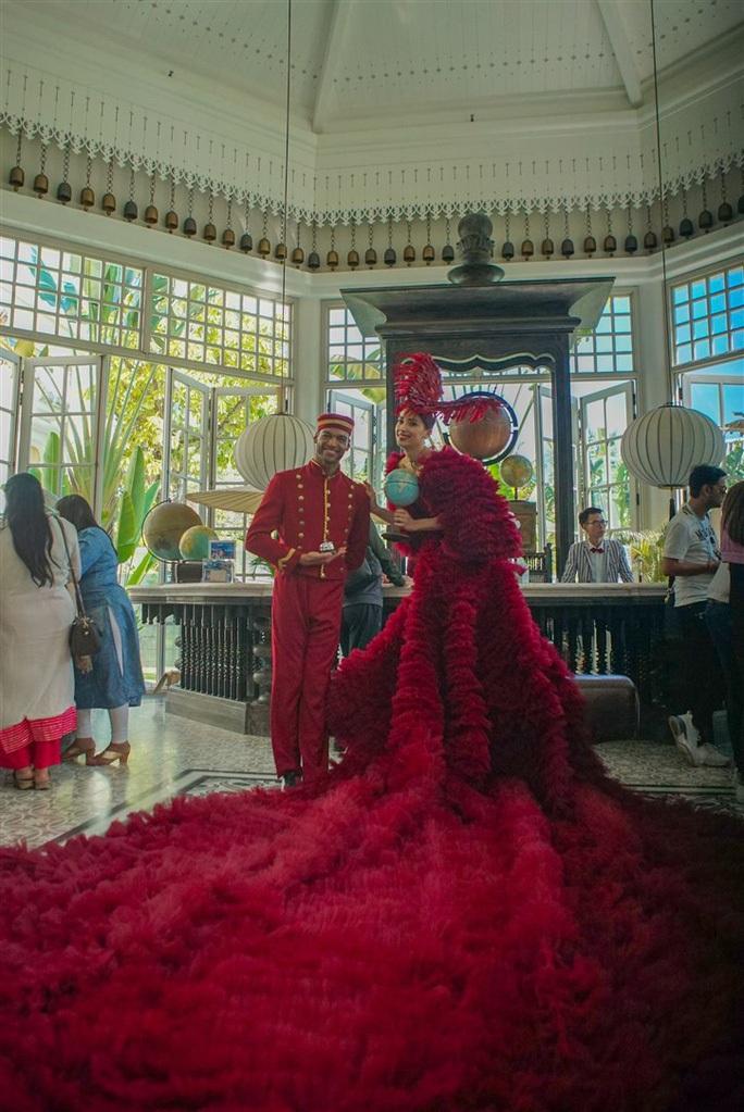 Đám cưới xa hoa nhất từ trước đến nay ở Đà Nẵng - Ảnh 1.