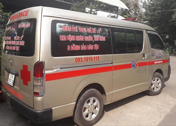 Chuyến xe cứu thương 0 đồng đưa bệnh nhân về quê miễn phí - Ảnh 2.