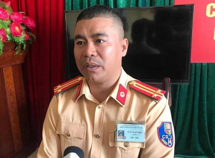 Vụ nữ tài xế Mercedes gây tai nạn thảm khốc: Phó Thủ tướng khen Trung tá CSGT cứu người - Ảnh 3.