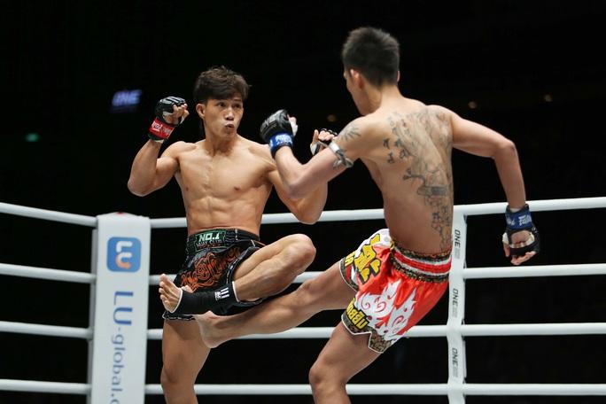 Nguyễn Trần Duy Nhất hạ knock-out dễ dàng nhà vô địch Nhật Bản - Ảnh 1.