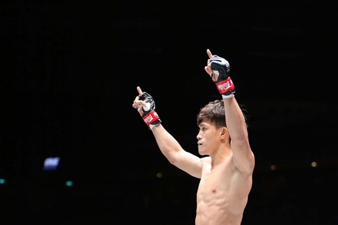 Nguyễn Trần Duy Nhất hạ knock-out dễ dàng nhà vô địch Nhật Bản - Ảnh 4.