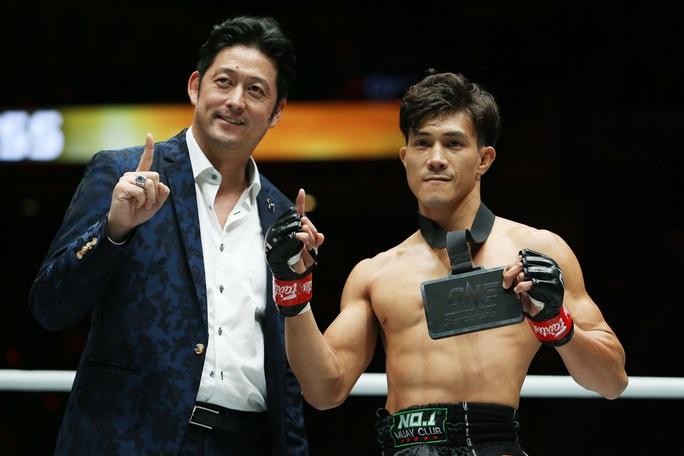 Nguyễn Trần Duy Nhất hạ knock-out dễ dàng nhà vô địch Nhật Bản - Ảnh 6.